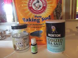 baking-soda-and-oil-body-scrub