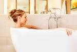 getty-158315614-bath-soak-trinette-reed
