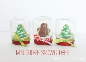 mini-cookie-snowglobes1