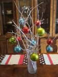 christmas-tree-balls-decoration