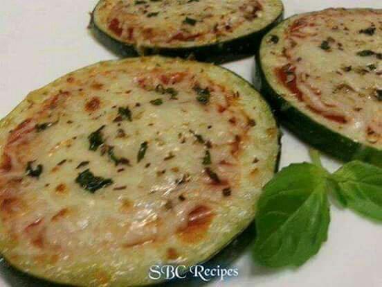 Mini Zucchini Pizza