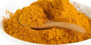 Curcumin-skin-pigmentation-diy-home-remedies